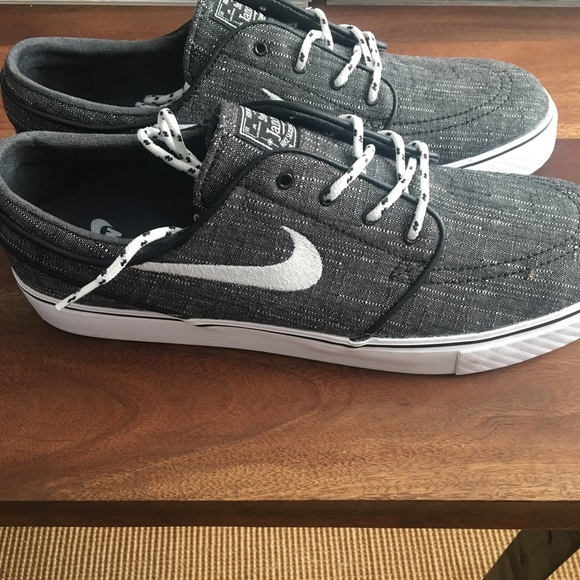 huge discount c586c f11c4 ... Nike SB ZOOM Stefan Janoski. M 5a7ddee32ae12ff48ea7d75f